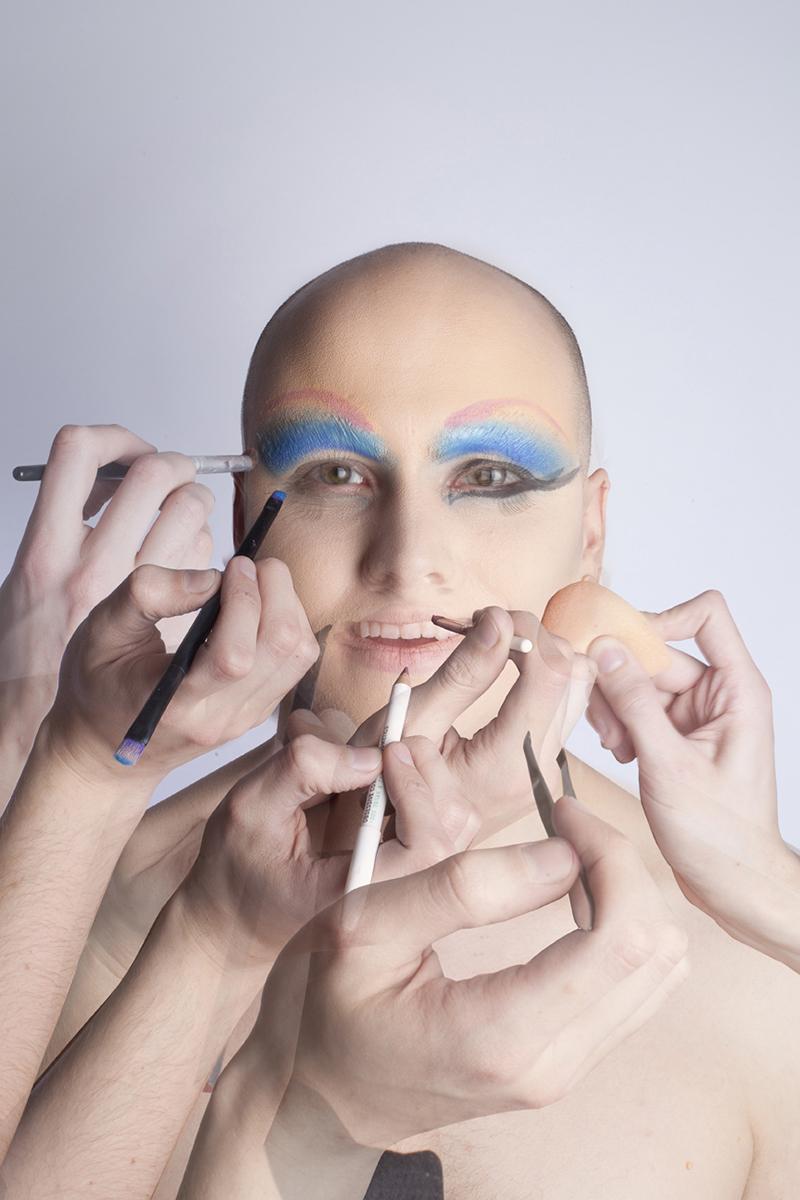 makeup cam make-up sm.jpg