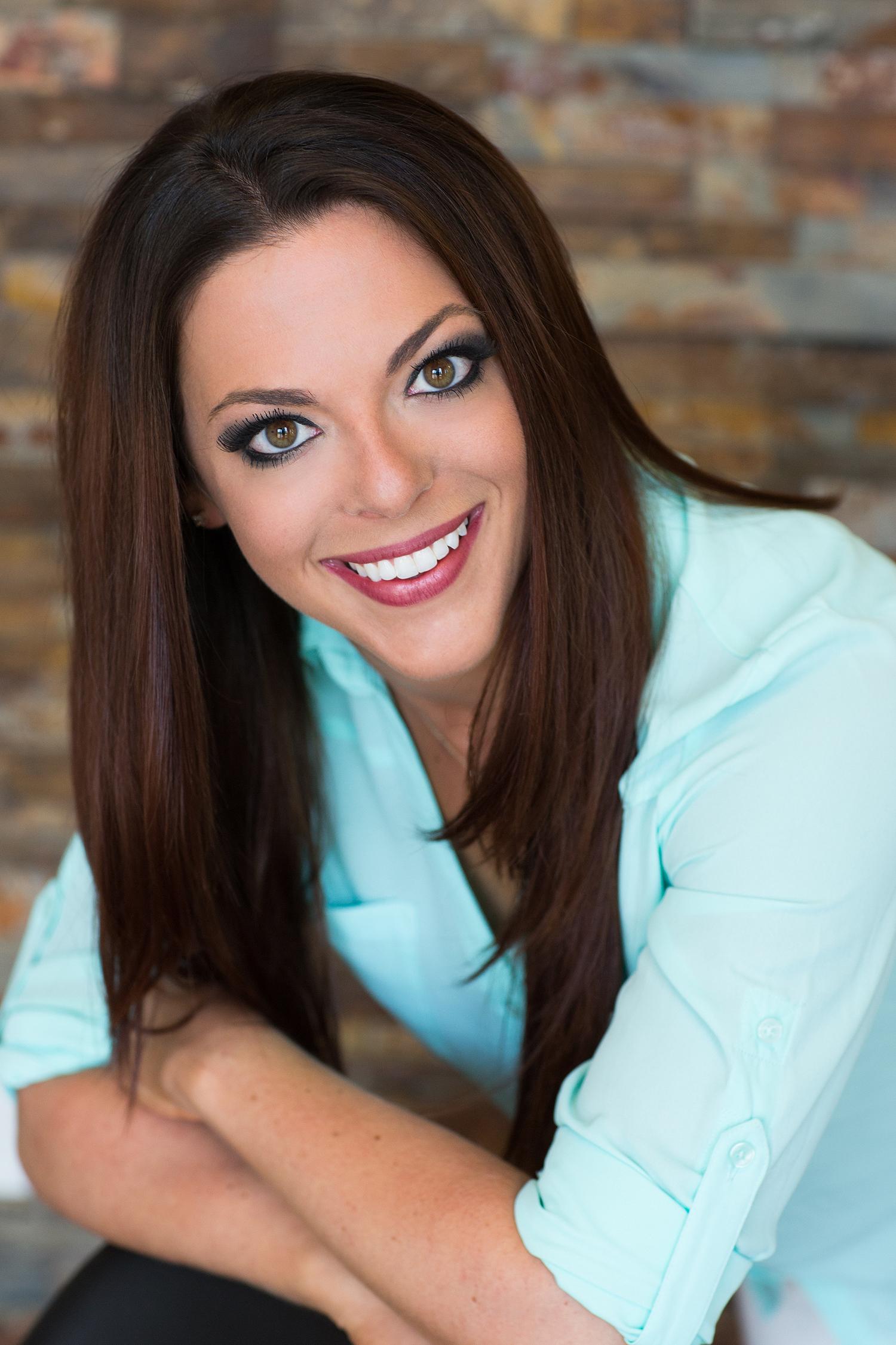Lindsay Hirsch , Founder