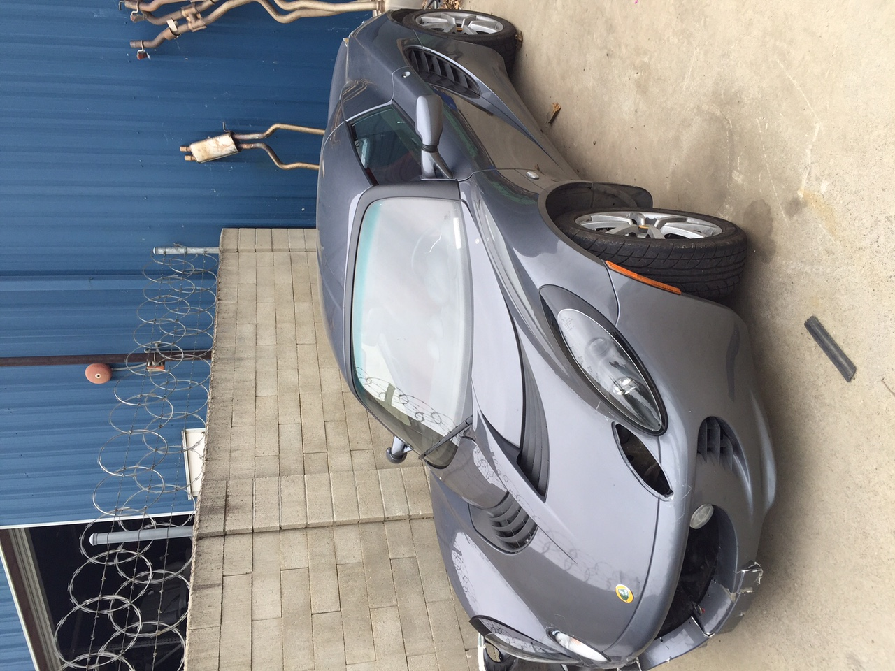 2005 Lotus Elise Parting out