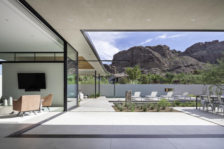 Mcqueen House_An Pham_A852043.jpg