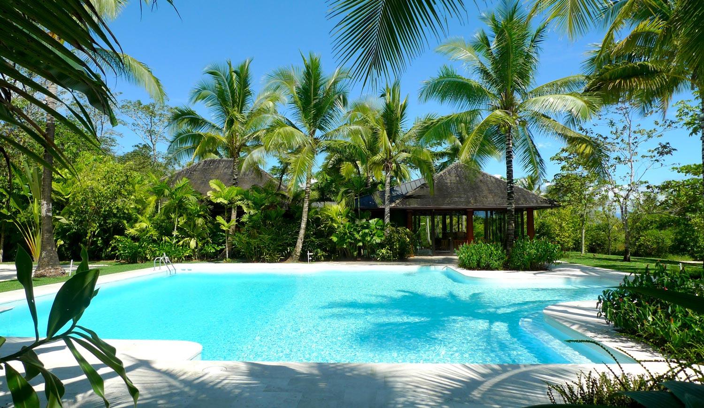 House-on-a-Beach-1.jpg