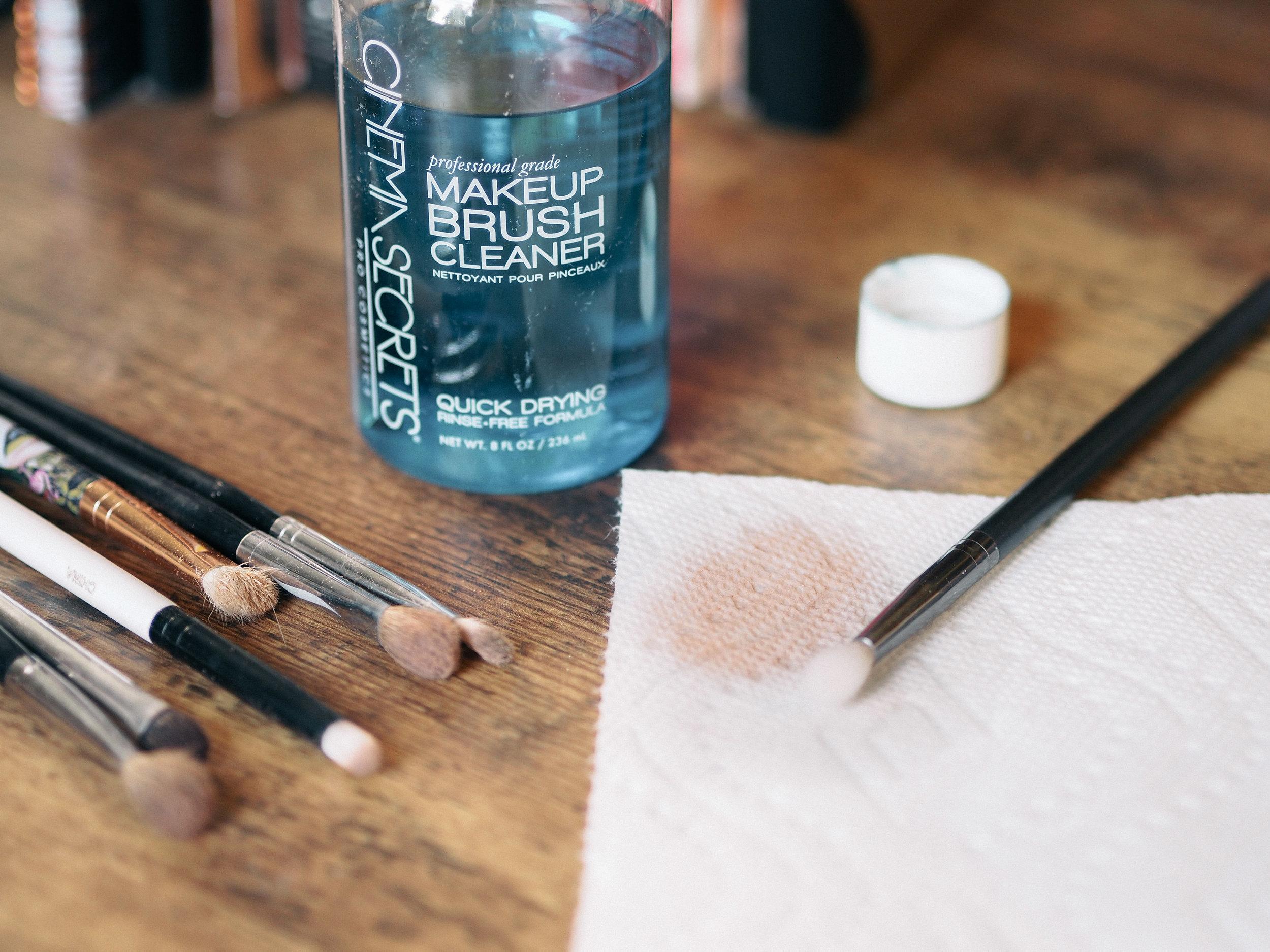 cinema-secrets-makeup-brush-cleaner-review-4.jpg