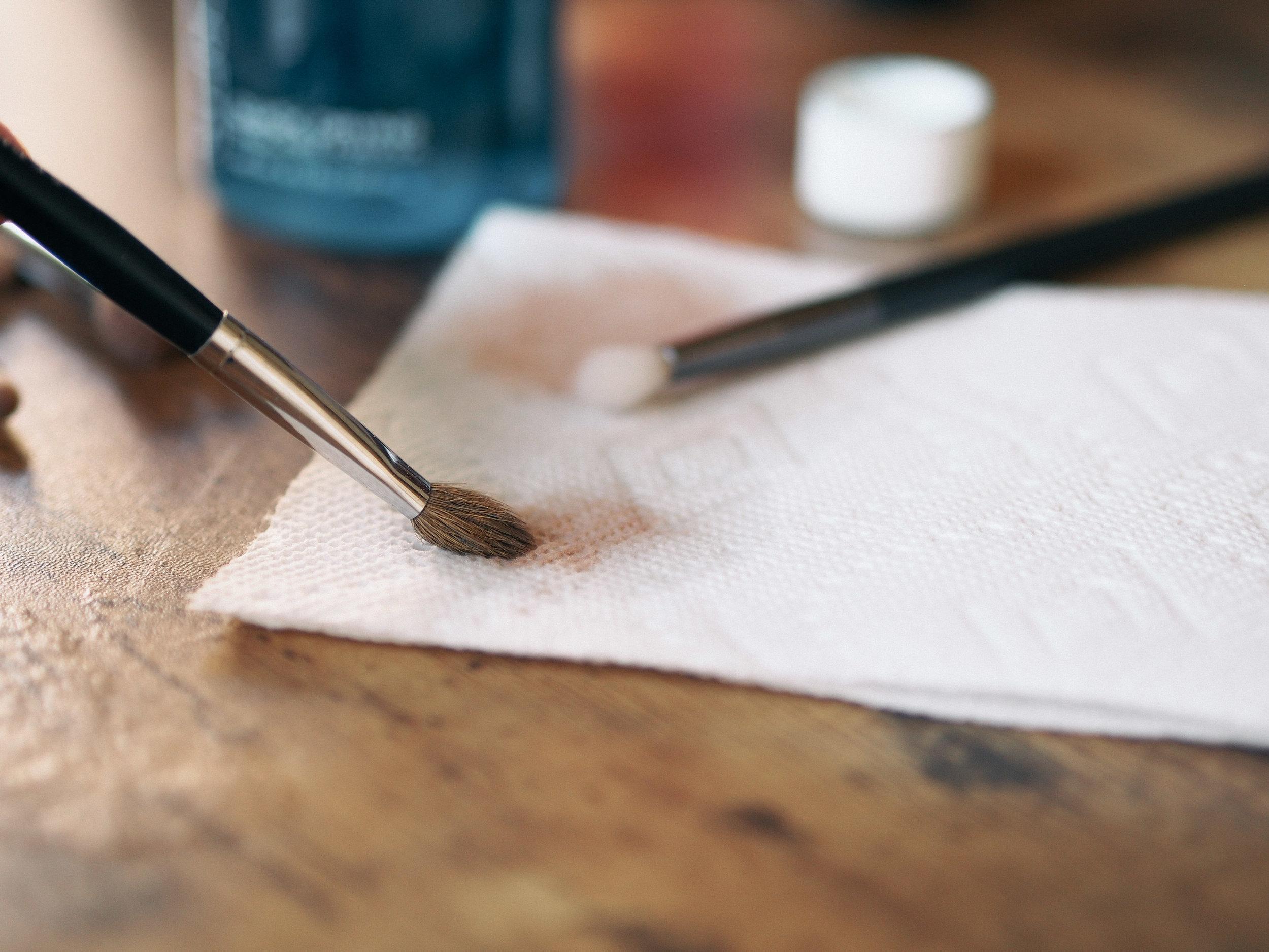 cinema-secrets-makeup-brush-cleaner-review-6.jpg