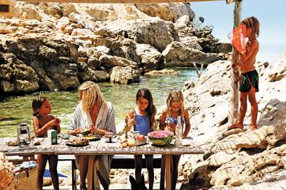 feasting-in-cala-carbo-ibiza-spain-conde-nast-traveller-4may17-anne-dokter-from-ibiza-bohemia-published-by-assouline.jpg