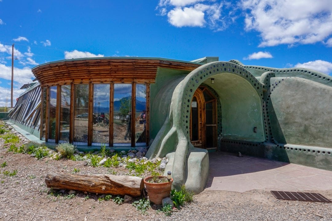 earthship-biotecture-taos-visitor-center-1080x719.jpg