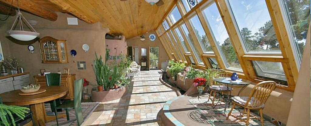 earthship-interior-custom.jpg