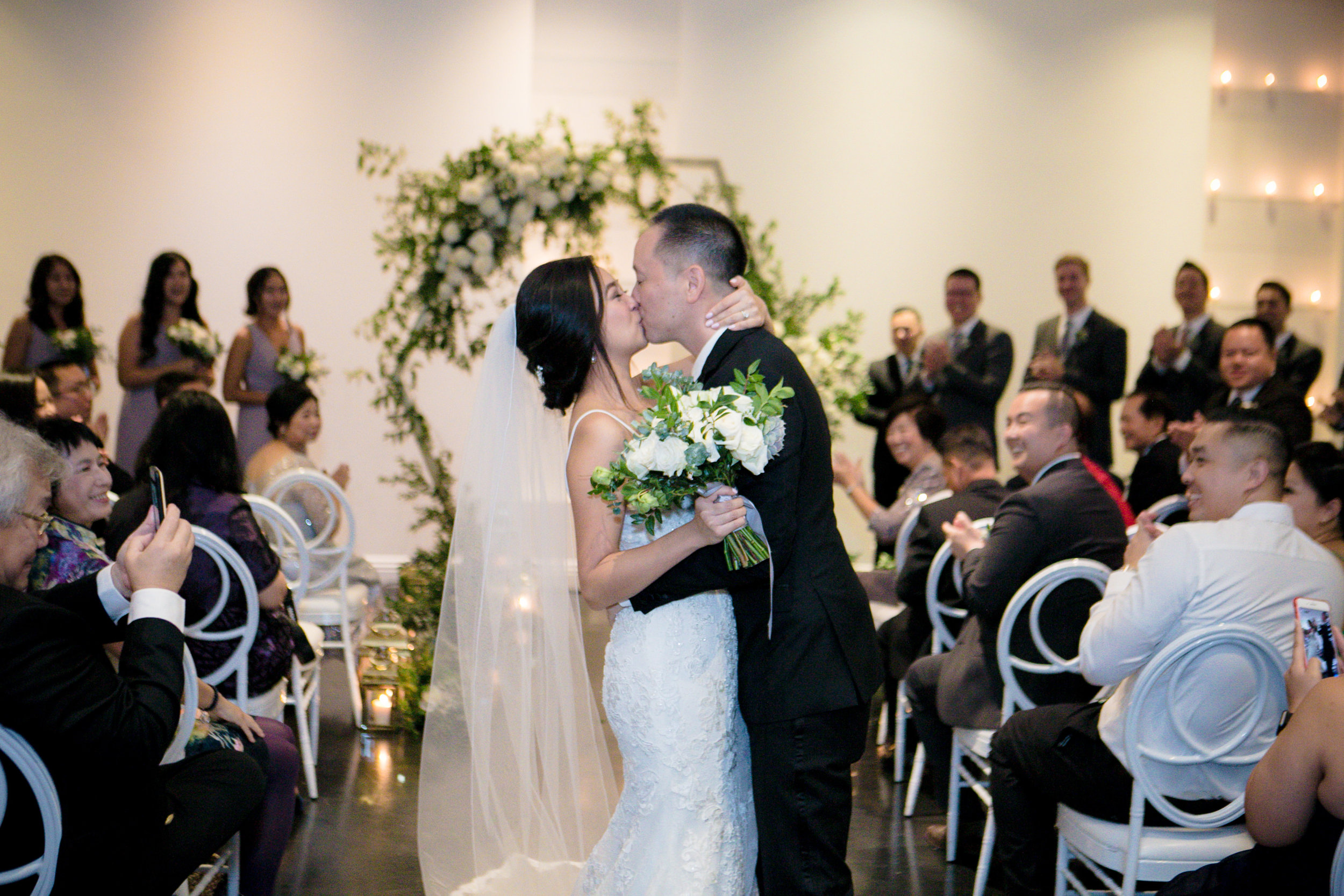HuntingtonBeachWedding-KristinaLeePhotography-893.jpg