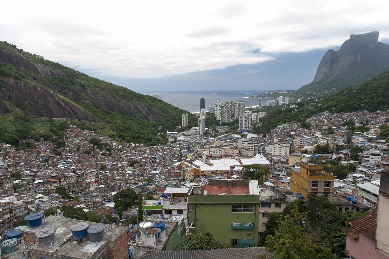 amee reehal favela rocinha (21 of 37).jpg