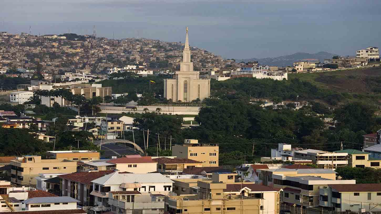 Guayaquil-1414-smallTabletRetina.jpg