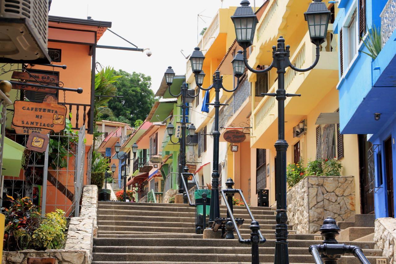 Cerro-Santa-Ana-Guayaquil.jpg