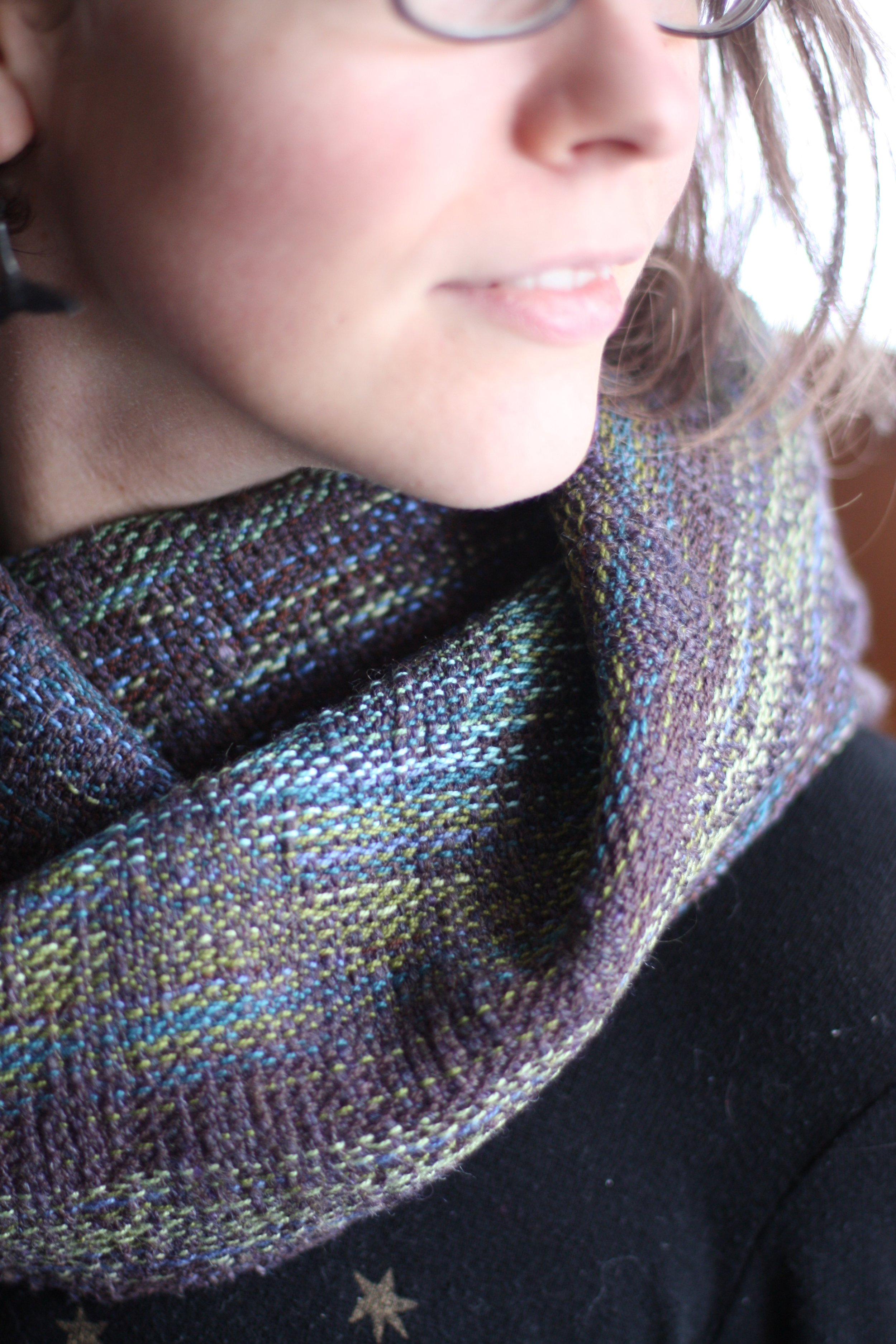 A textural wrap scrap cowl from Surfacing featuring hand spun wool weft | 14 Mile Farm Handweaving and Homesteading