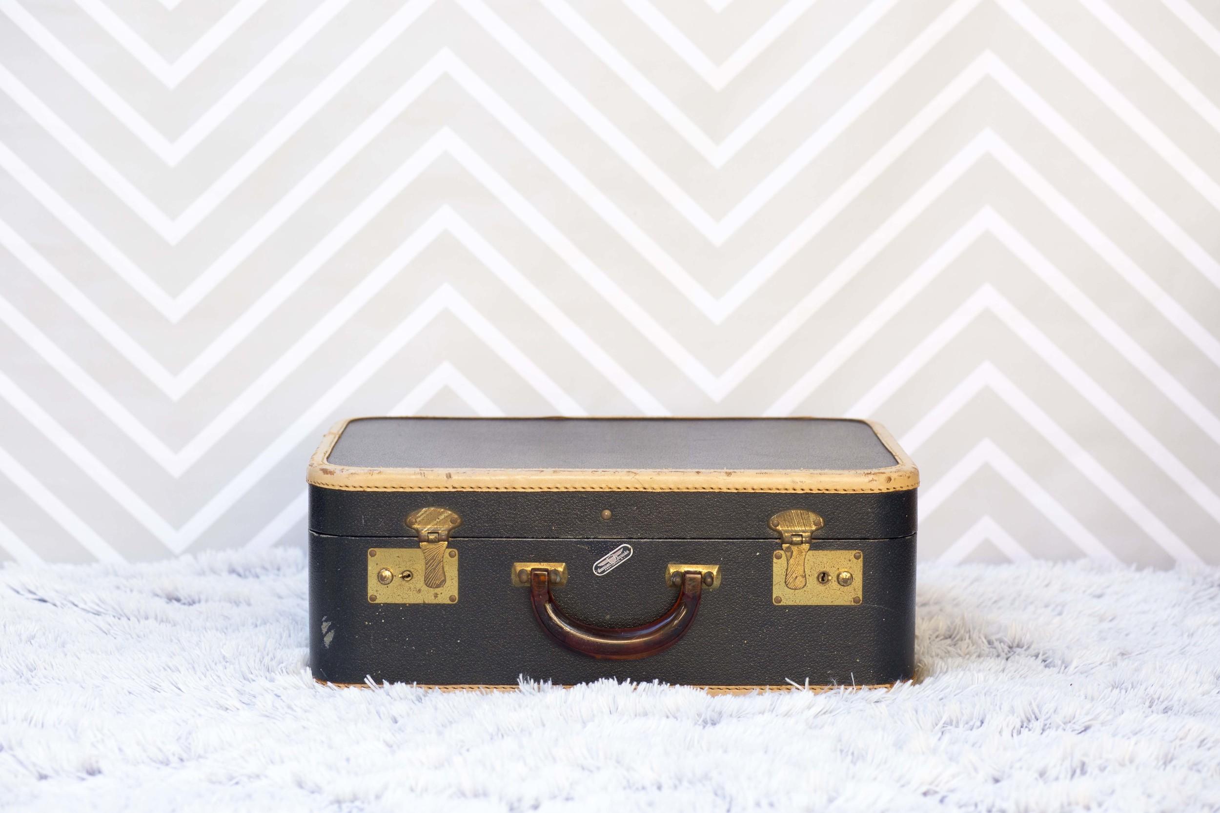 SuitcaseSample328A5039.jpg