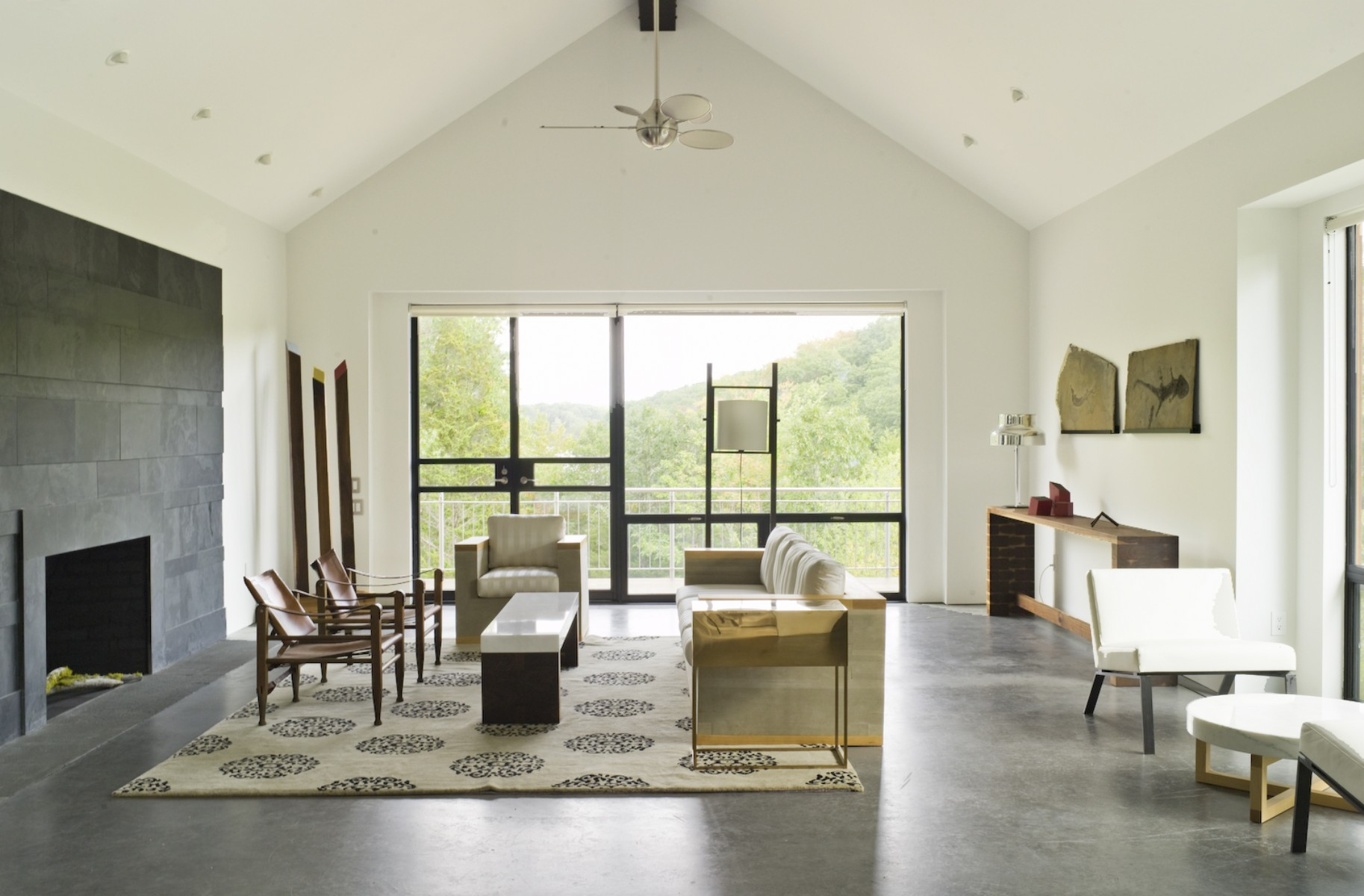 large_Pollak_Living_Room.jpg