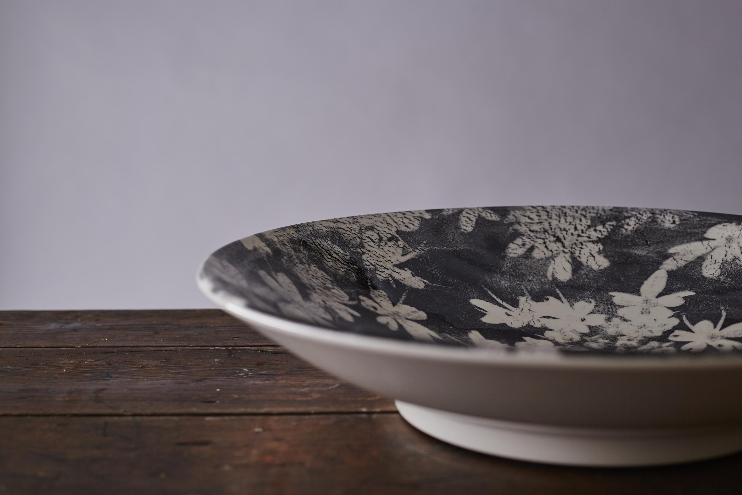 Wood Anemone large serve bowl