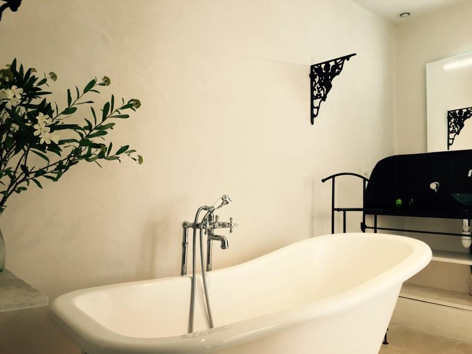 chambres d hotes champaga chambre de la fontaine baignoire.jpg
