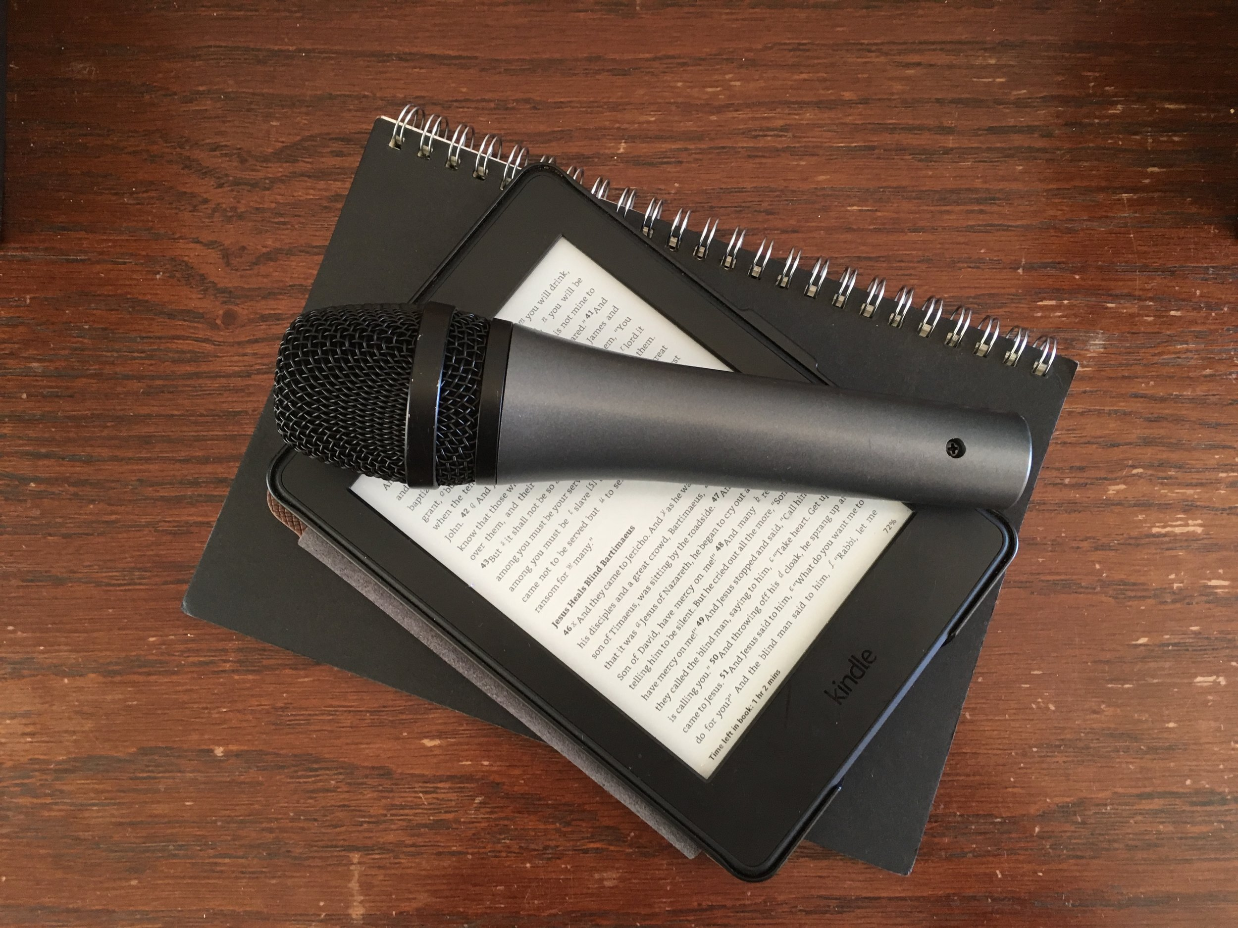 microphone on notebook