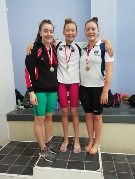 Naeve Pountney came 2nd in the Girls 100m Backstroke.jpg