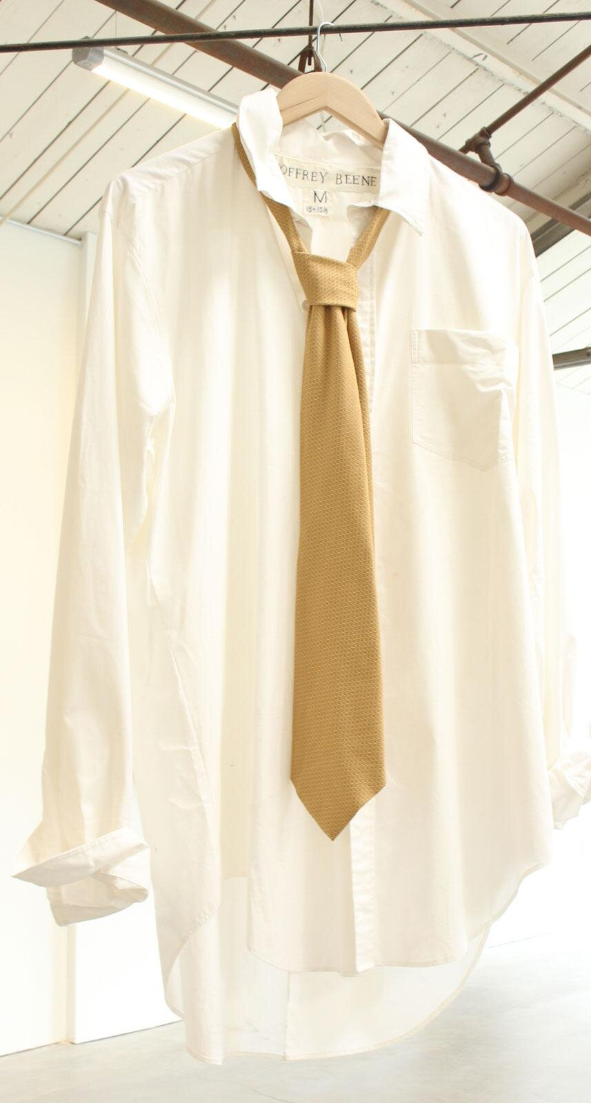 Sidney Russell, Man's White Formal Shirt With Tie