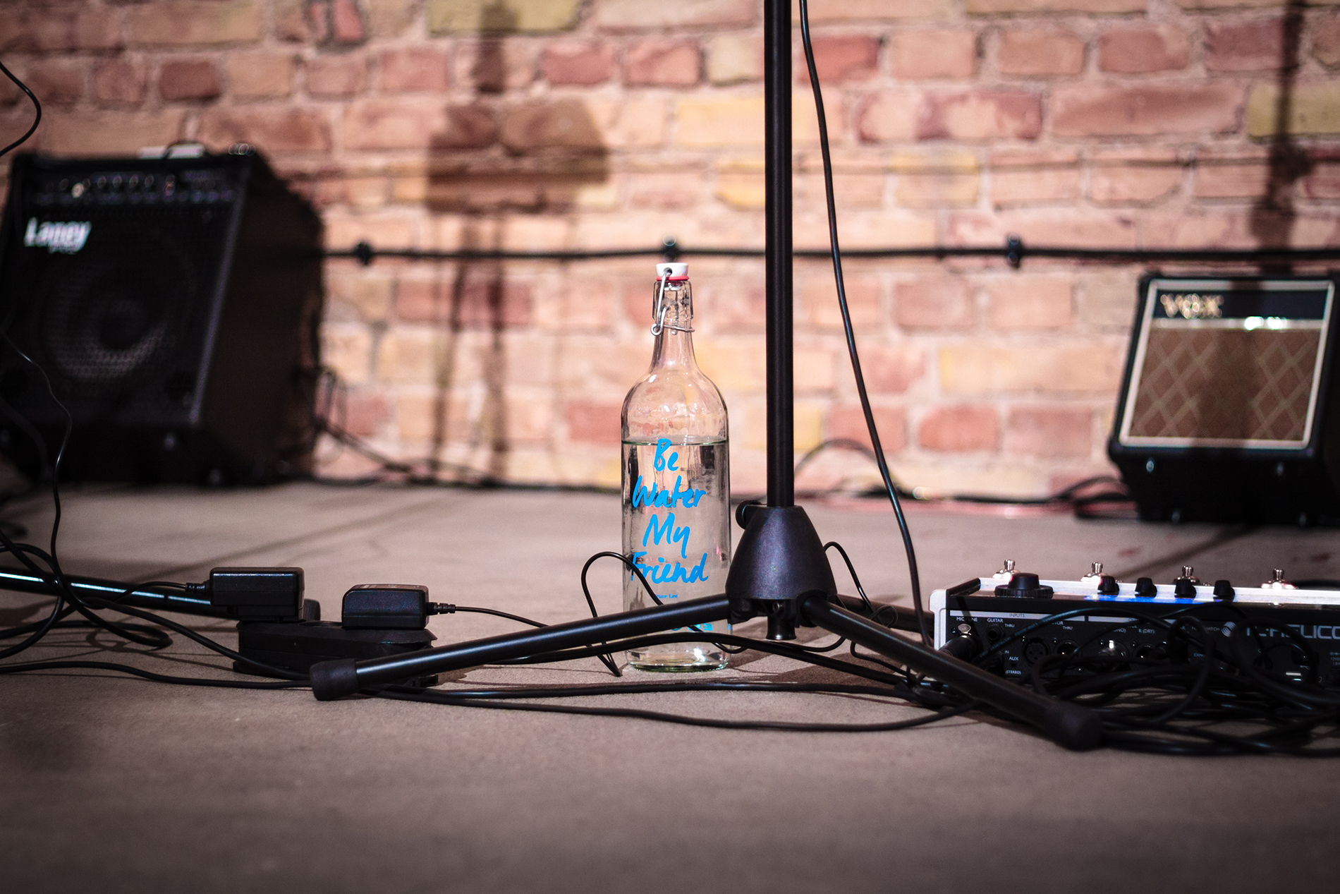 Leogant_Bottle_Stage_web