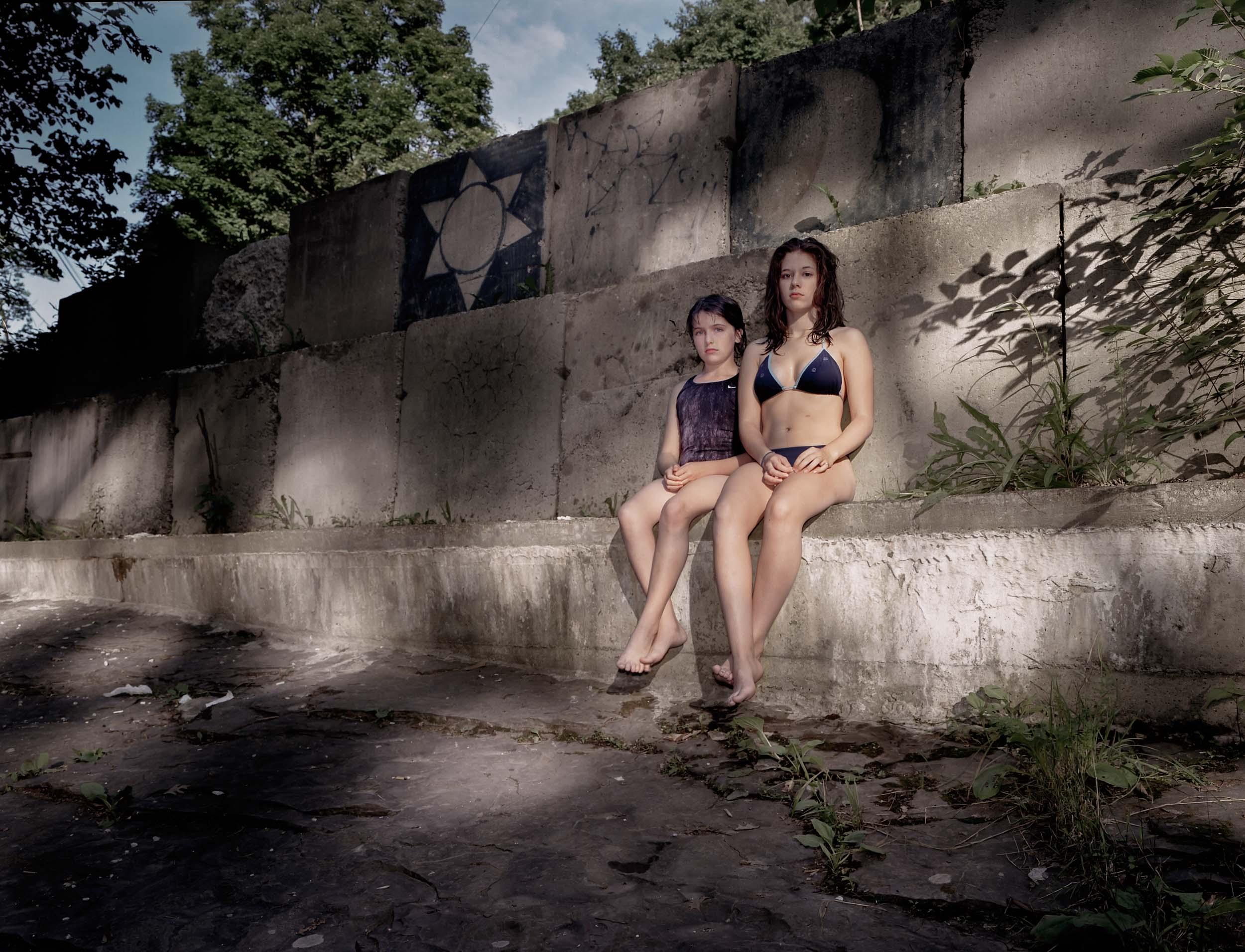 Sisters_001.2-Edit.jpg