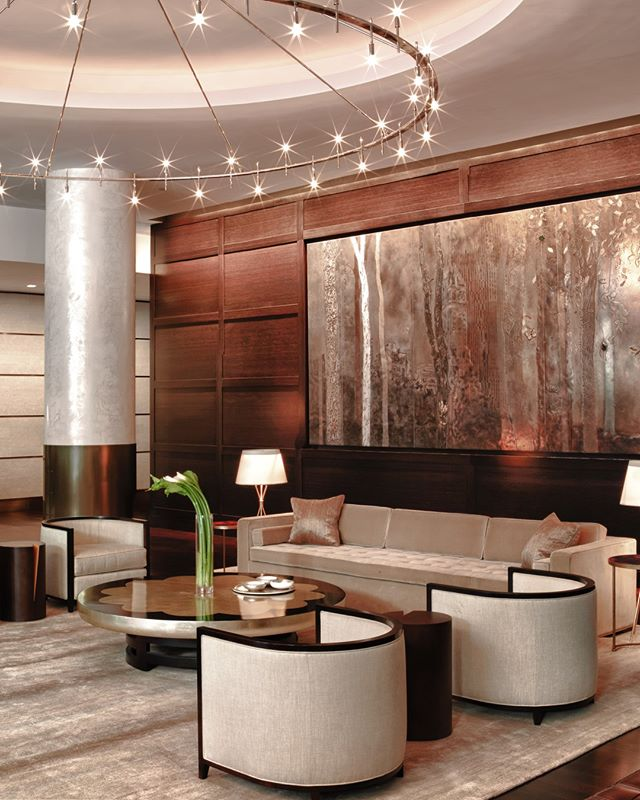 Love how this lobby, designed by @grovesandco pays homage to classic New York City modernist architecture.  Many thanks to @rusopanduro, @pamelameech and the rest of the team. ⁣ . ⁣ .⁣ .⁣ .⁣ #interiordesign #design #homedecor #designer #home #architecture #interior #decor #art #homedesign #house #style #homesweethome #luxurylifestyle #antiques #collection #handmade #instagood #interiordecoration #instahome #interiordesigner #love #instagood #photography #follow #art #beautiful #happy #bradsteinphoto⁣