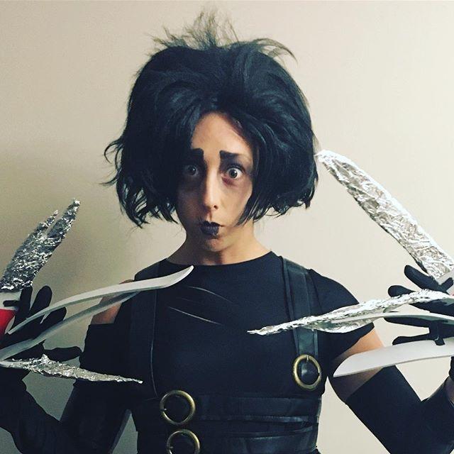Rock, paper, scissors? Lookin sharp, @soozee28! Makeup skills by @j.is.for.julita