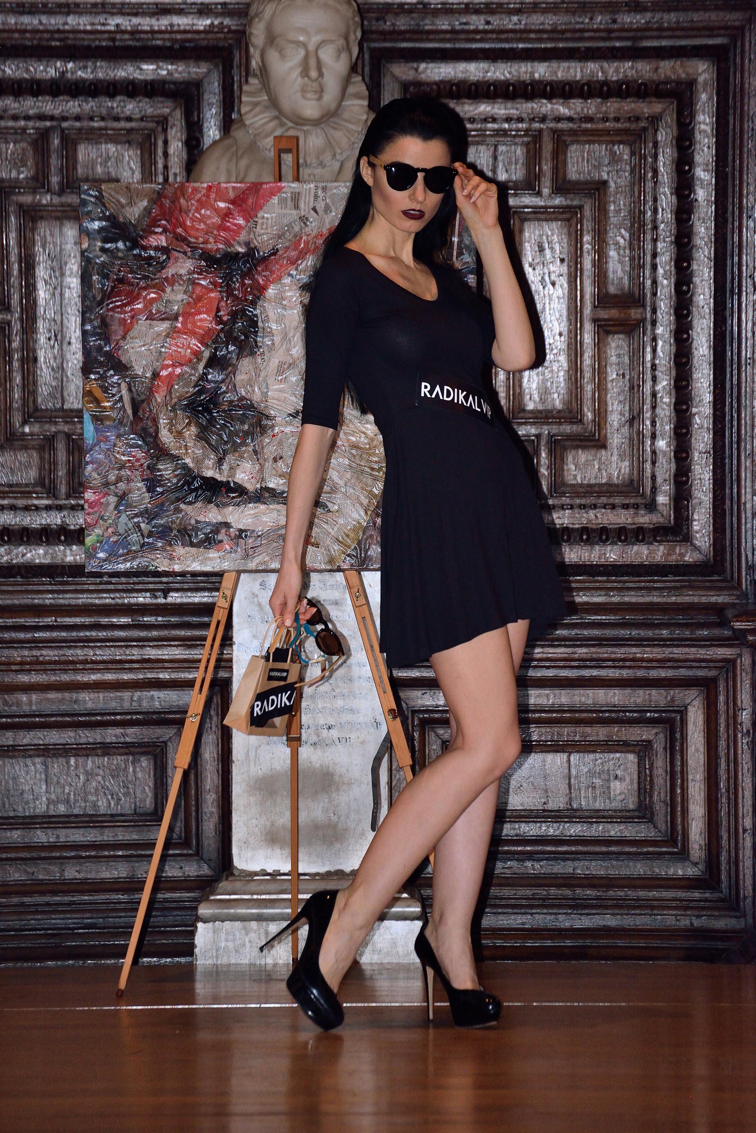 royal fashio day london fashion week5 copy.JPG