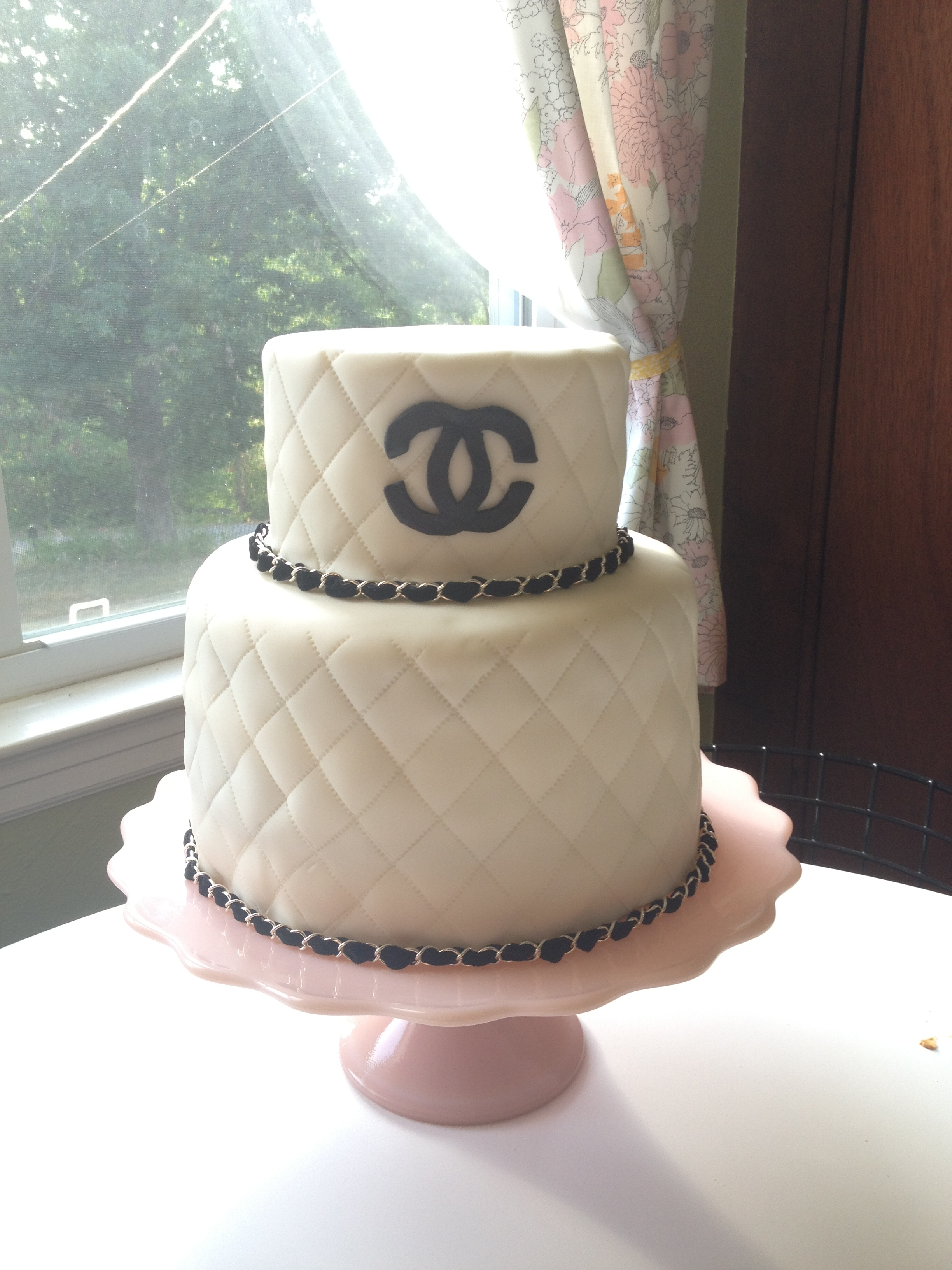 chanel-cake_7601524478_o.jpg