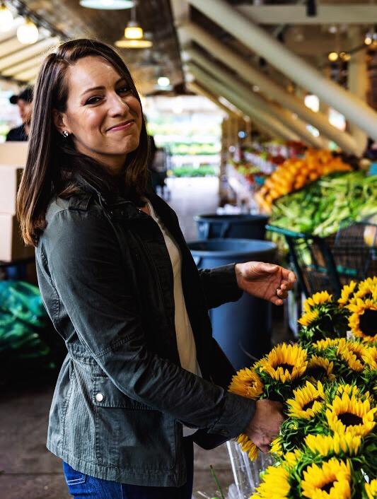 Jessica Edelglass_Farmers Market