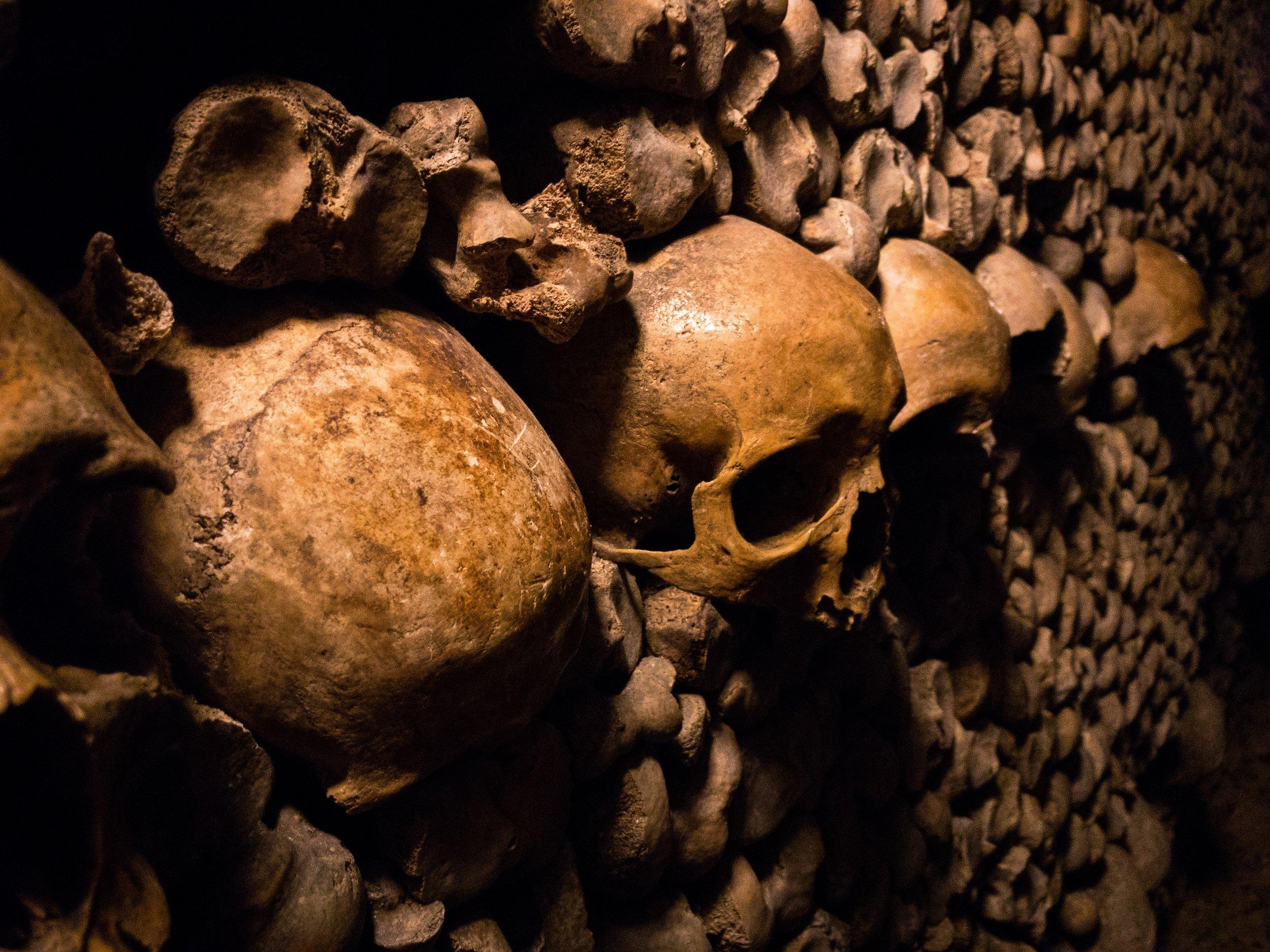 Sklep - הוא מבנה קבורה ברוסית. המקום בו הנפש מועצמת