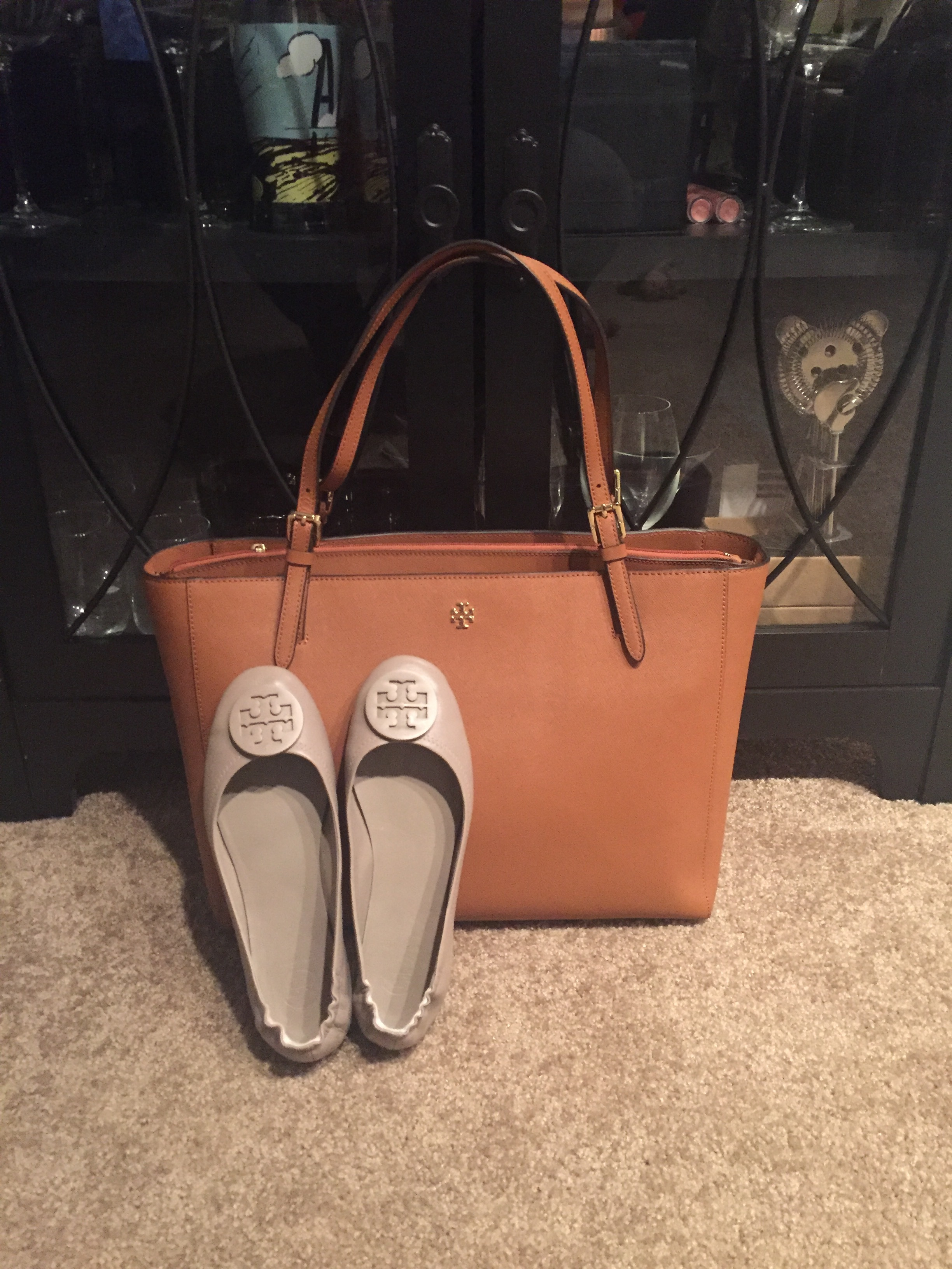 Hello Beautiful!   12:30-1:30: Mom and I walk into Saks to head out but Mom wanted to stop in at Louis Vuitton so we did just that. Let's just say she walked away a happy camper.   1:30-2:00: Head back towards out neck of the woods and go get our Nails and Toes done, Lord knows I needed that so bad. We went to Piedmont Nail Bar and had a relaxing time getting those done. Mom took me back to my car to head home to spend some time with my husband before we all went out to dinner.  4:00-5:00: I met my best friend for a drink and appetizers at Marlow's Tavern, we each had a glass of Conn Creek Cab, if you have not tried this you need to. It is a little more on the expensive side but so worth the money. We talked and hung out.  5:00-6:45: I came home from drinks and appetizers and got to relax for about 2 hours as we were meeting for dinner at 7:00. Again I was playing catch up with my shows, until it was time to leave.  7:00-8:30: Me, Matt and my Parents met at El Felix for dinner, it is a Mexican restaurant and it is delicious, we normally do Cheesecake Factory but I wanted to change it up a little bit and go somewhere different. Good decision on my part. Spent time with my parents and enjoyed their company.  Now I know ya'll are like what about Matt? What did he get you? Well, he says my gift won't be here for another week or so. Shipping.. I have no idea. But once I get it I will let you guys know!  Well, that sums up what happened on my birthday, needless to say I was tired that night. It was a busy day. Getting spoiled on my 29th!! As my best friend used as a hashtag #making29lookohsofine yes ma'am that is correct!!  Xoxo, Erin  Follow Me:   Facebook ~  Twitter ~  Pinterest ~  Bloglovin