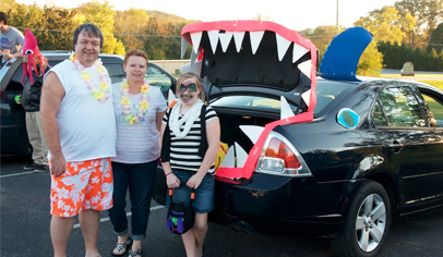Trunk-or-Treat Picture Source:     https://www.ptotoday.com/pto-today-articles/article/6287-        how-to-organize-a-trunk-or-treat