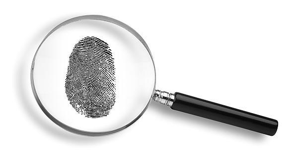 Magnifying_glass_thumbprint.jpg