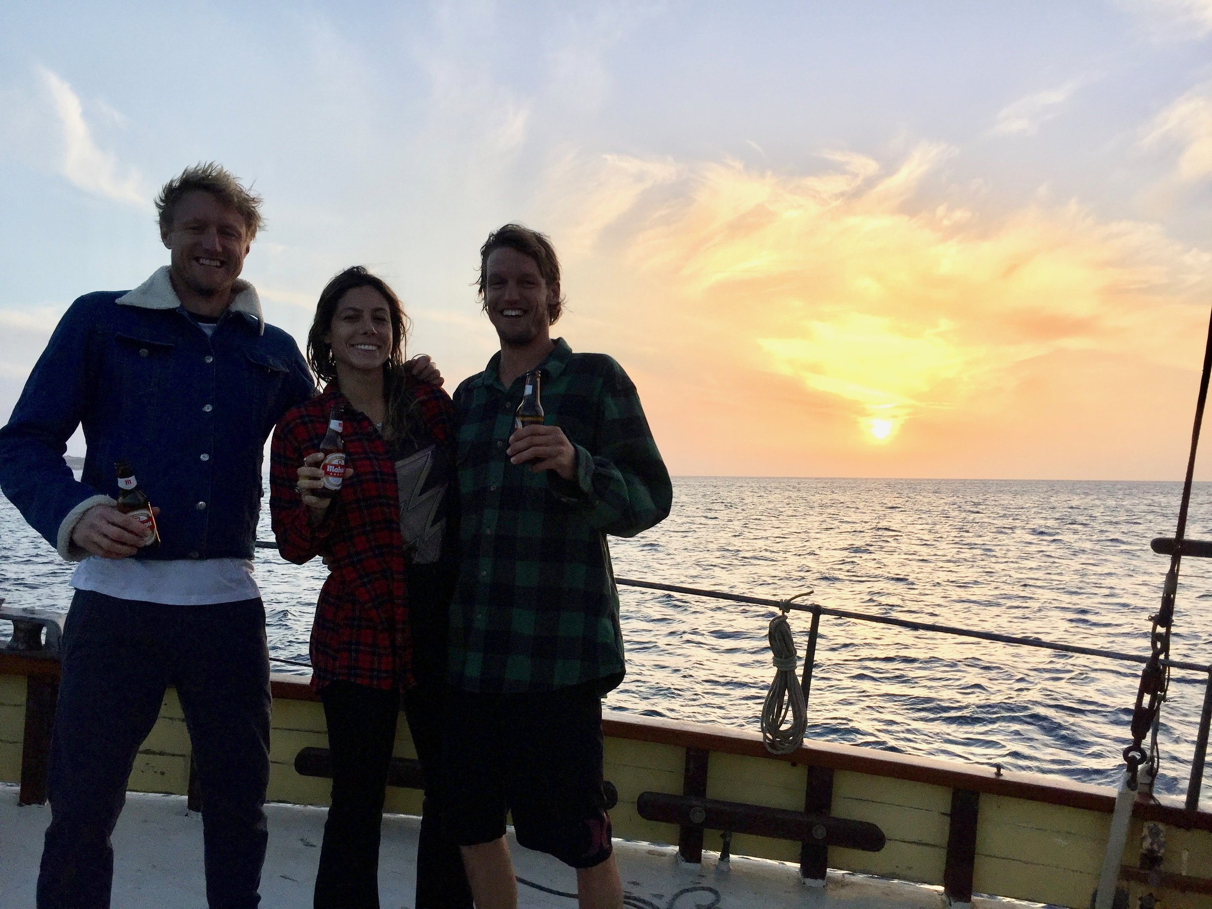 Sundowners with Sam and Amanda, was rad having you guys come and stay onboard