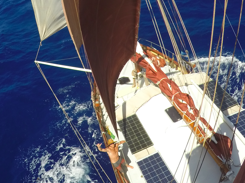 The sail config that balanced Starlight perfectly. 2 head sails, a fisherman's and a reefed mizzen.