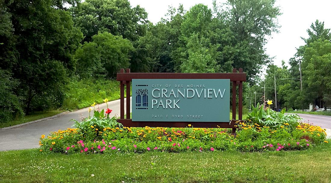 GrandviewSign.jpg