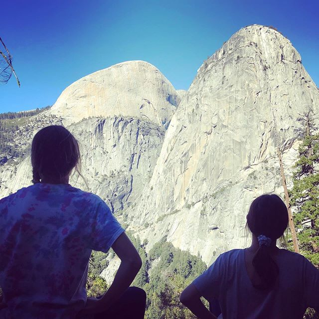 My girl and her best friend appreciating nature. Yosemite is one of the best backdrops for mother nature. #yosemite #bestfriend #hikingdays #familyhike