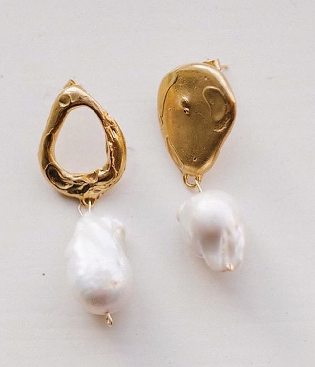 Bridal ears ~ via @alighieri_jewellery #adornmentinspo