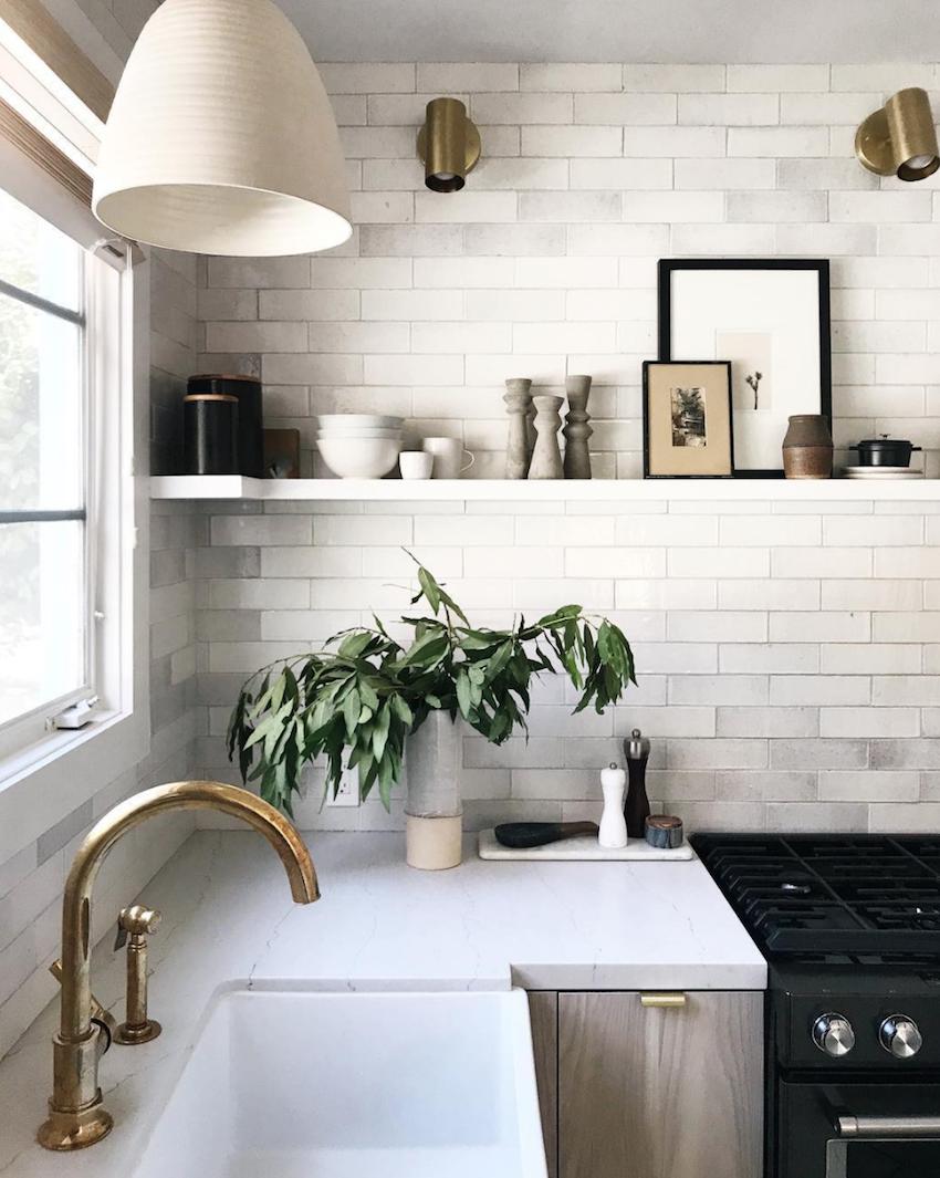 single-shelf-kitchen.png