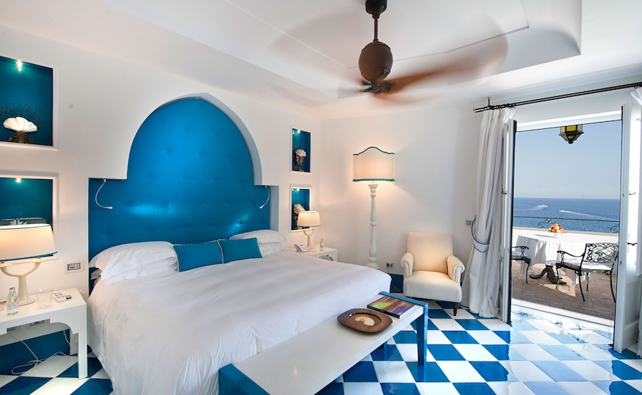 villatreville-bedroom-2.jpg