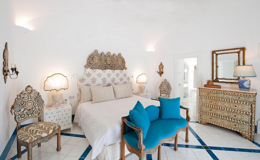 villatreville-bedroom.jpg