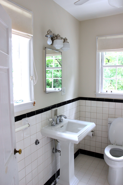 hall-bath-2-before-3.jpg