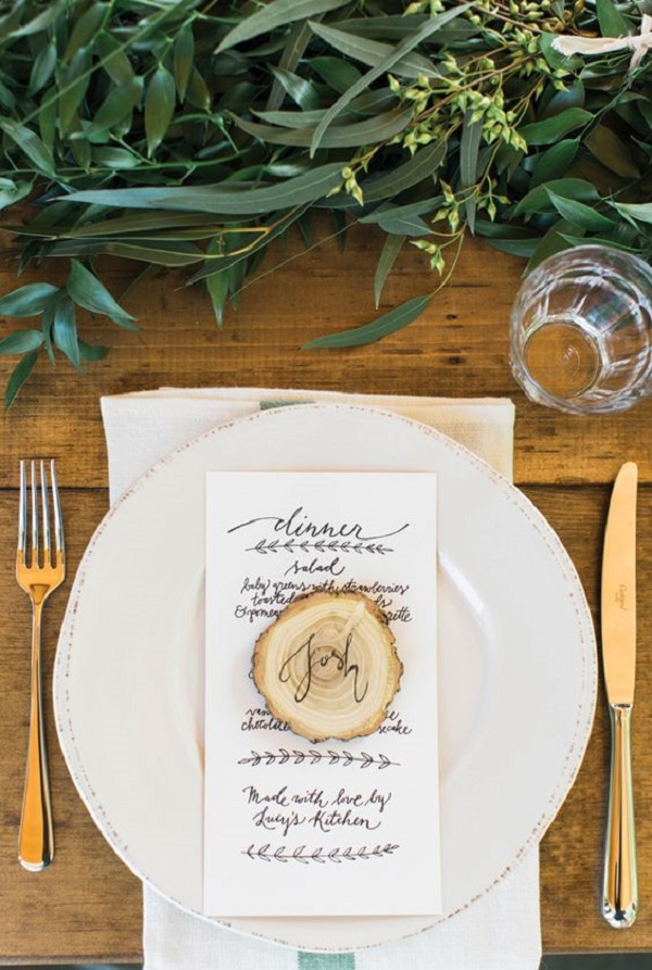 8 Unique Ideas For Thanksgiving Place Cards -