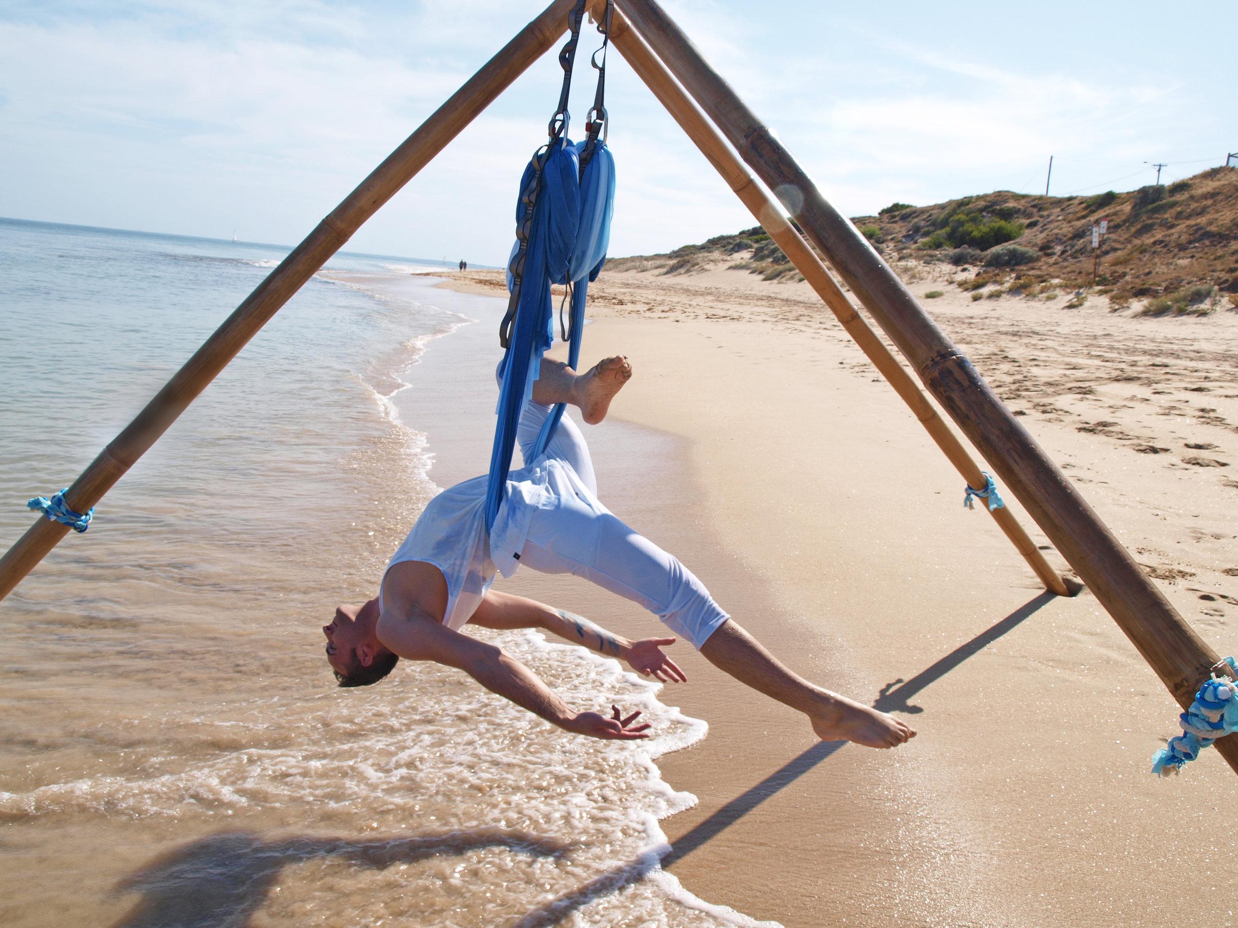 Aerial_Yoga_Dancers.JPG