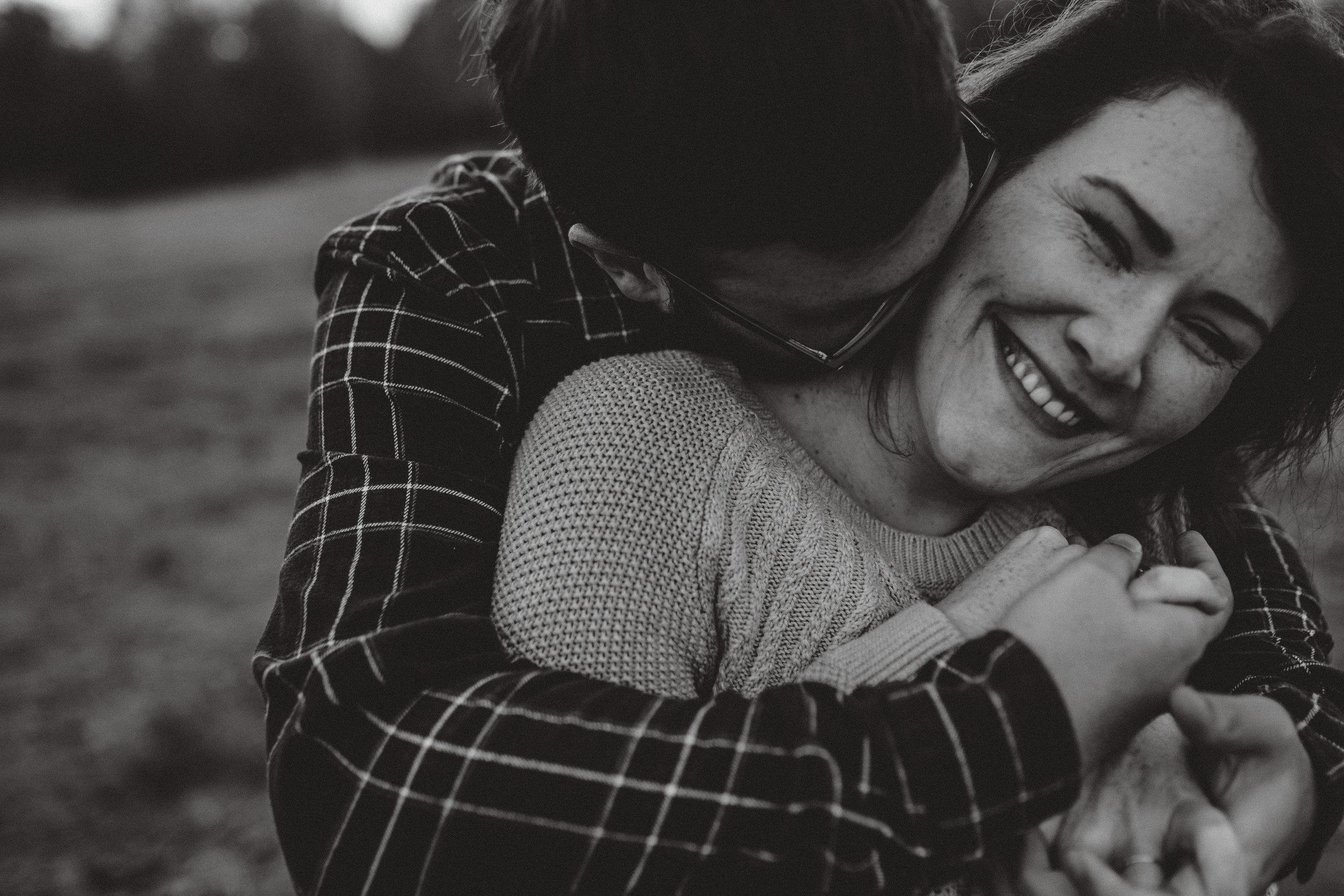 romantic-engagement-photos-gwinnett-4