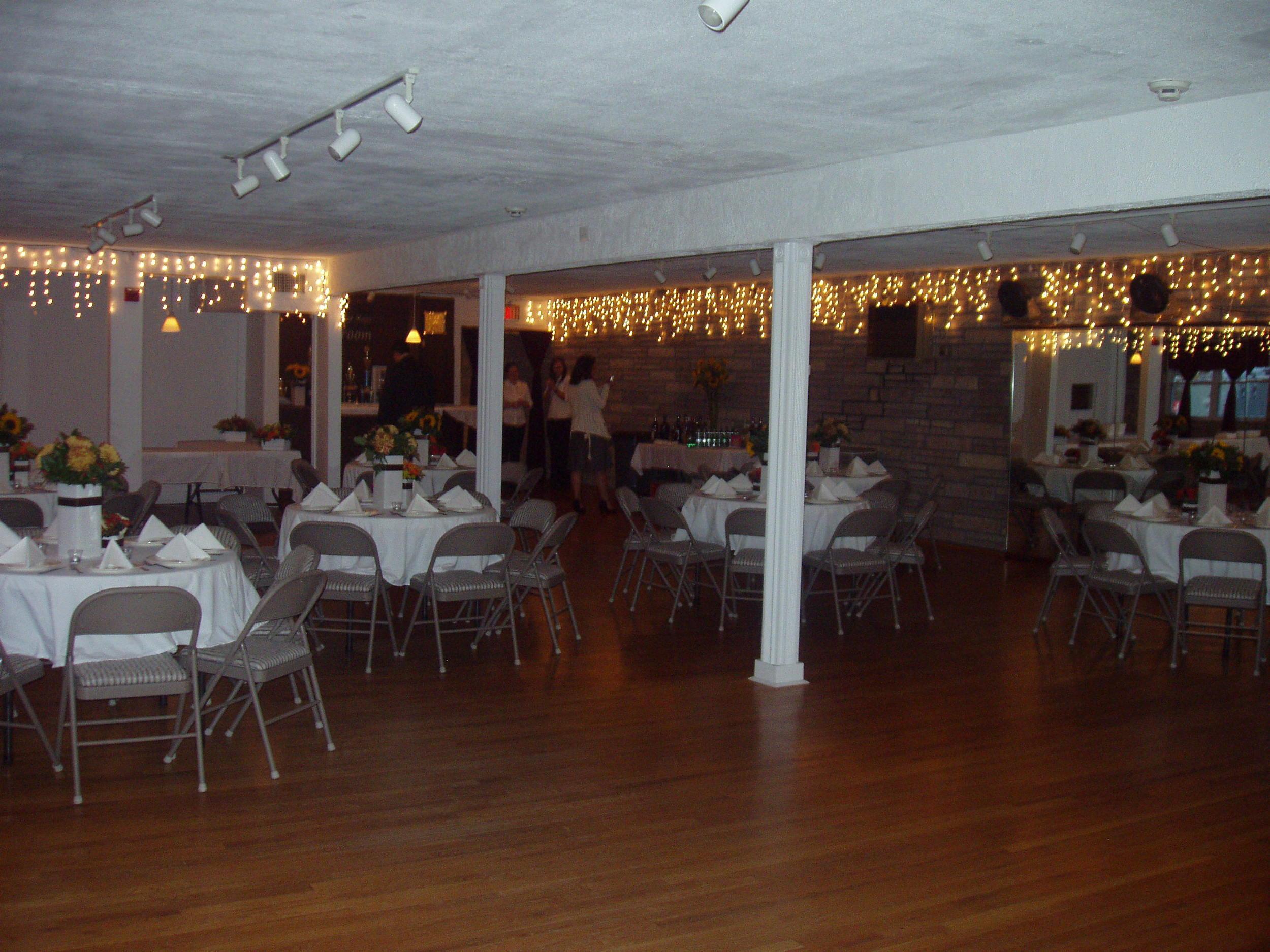 Ballroom 04.jpg