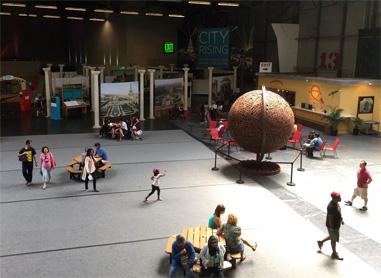 Open atrium for informal meetings