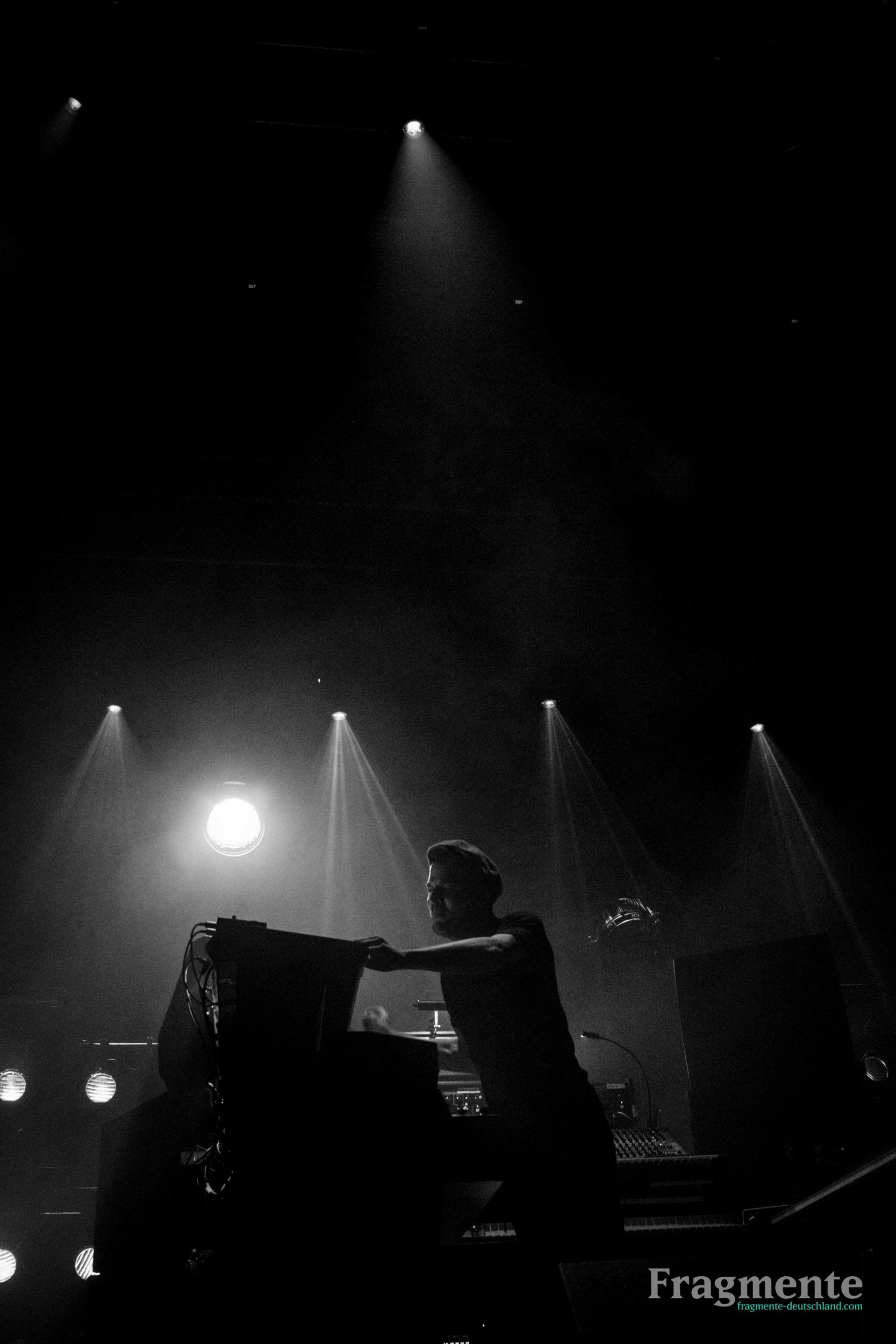 Nils Frahm-8698.jpg
