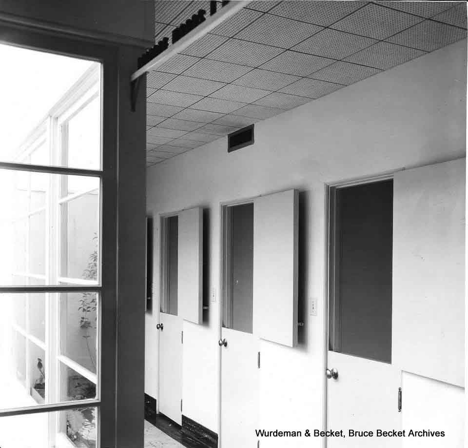 9080 SMB_Wurdeman&Becket_Dog & Cat Hospital interior2_BB.jpg