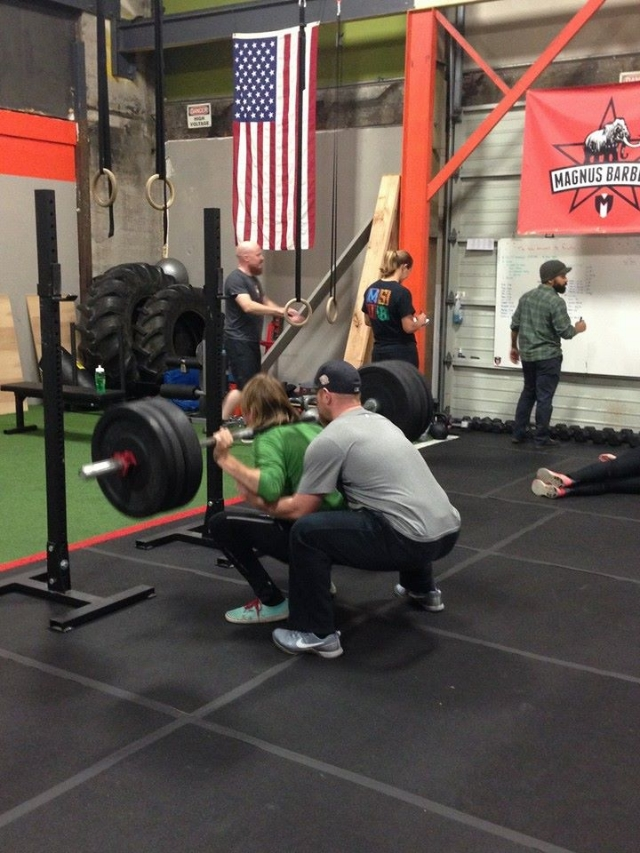 Spotting Backsquat